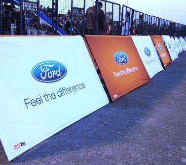 Werbebande Clickboard Ford